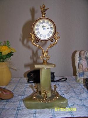 Blessing Jade Clock