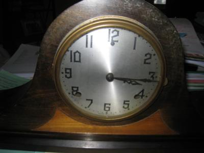 Gilbert Tambour Clock