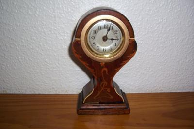 Moms Clock
