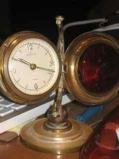 Rensie Globe Clock