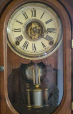 Wm L Gilbert Parlor Clock