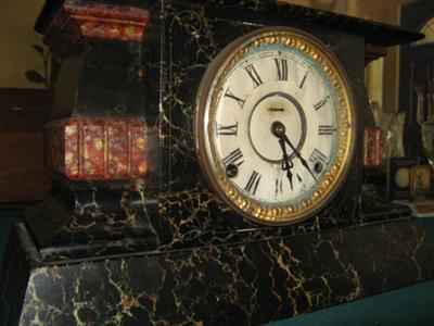 E. Ingraham Mantel Clock 2