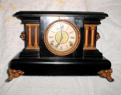 Faye's mantle clock