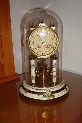 Hall Craft 400-day Clock