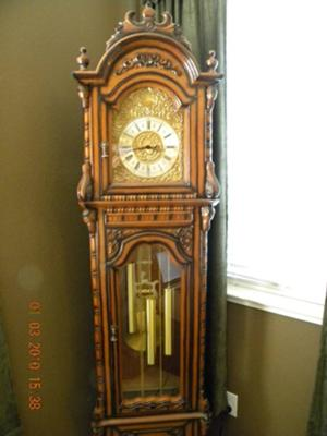 Help Identify Grandfather Clock