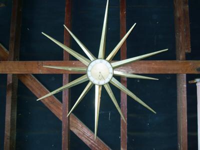 Star burst clock 1