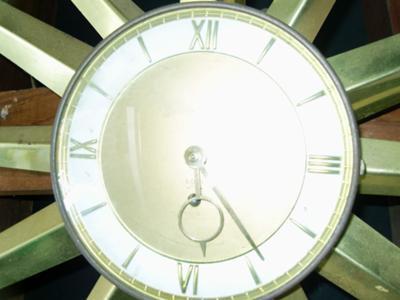 Star burst clock 2