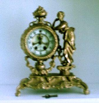 Gilbert Figurine Clock