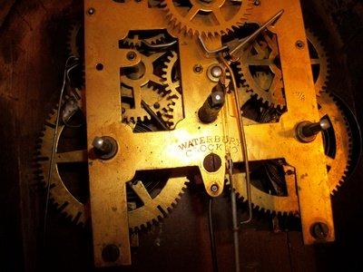 Antique Mantel Clocks >> Waterbury Clock Co. Mantle Clock