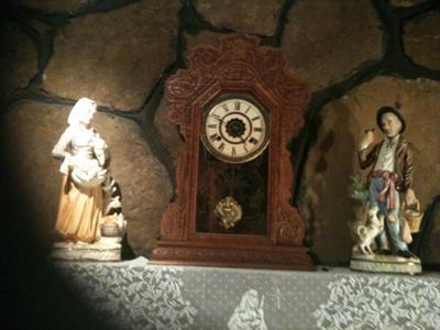 Waterbury Parlor or Kitchen Clock
