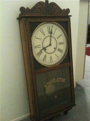 Store Regulator Clock